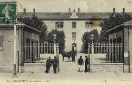 """DESTOCKAGE BON LOT 200 CPA """"MILITARIA""""  Casernes Guerre 14 18 Patriotiques Ruines ... (100 Scanées) - 100 - 499 Postcards"""