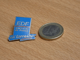 PIN'S. EDF EN LORRAINE. EGF. - EDF GDF