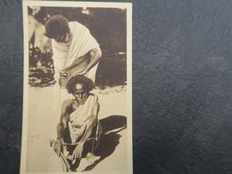 IT - SOMALIE -  SOMALIA ITALIANA - Barbiere Somalo - Barbier Somalien - Somalie