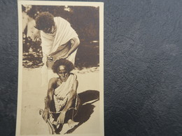 IT - SOMALIE -  SOMALIA ITALIANA - Barbiere Somalo - Barbier Somalien - Somalia