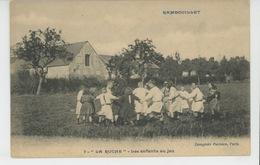 """RAMBOUILLET - """"LA RUCHE """" - Les Enfants Au Jeu - Rambouillet"""