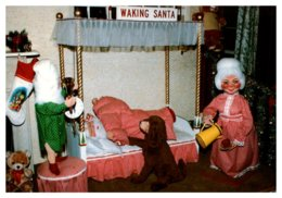 Connecticut Ballouville ,  Christmas Wonderland     Waking Santa - Other