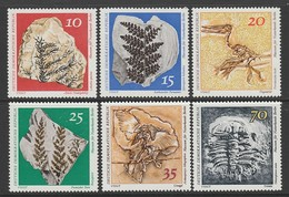 SERIE NEUVE D'ALLEMAGNE ORIENTALE - FOSSILES N° Y&T 1519 A 1524 - Fossils