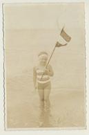 AK Foto Photo Mädchen Girl  Fille Bathing Plage Beach Strand Göhren ? - Anonyme Personen