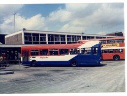 35mm ORIGINAL PHOTO BUS HAMPSHIRE BUS OMNIBUS STATION - F033 - Photographs