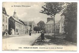 PLELAN LE GRAND - L'arrivée Par La Route De Ploërmel - Unclassified