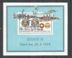 ALEMANIA DDR HOJITA 1978 MISION ESPACIAL SOYUS ESPACIO SPACE - Espacio
