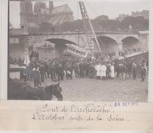 PONT DE L'ARCHEVÊCHÉ L'AUTOBUS SORTI  LA SEINE NOTRE DAME +-18*13CM Maurice-Louis BRANGER PARÍS  (1874-1950) - Coches