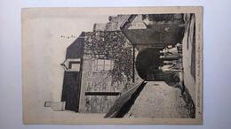 Carte Postale ( V1 ) Ancienne De Decize , Porte Du Marquis - Decize