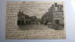 Carte Postale ( V1 ) Ancienne De Decize , La Place De La République - Decize