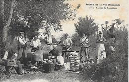 14)   Scène De La Vie Normande - Atelier De Sabotiers - Andere Gemeenten