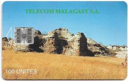Madagascar - Telecom Malagasy - Isalo - 100Units, Cn. 00371805, Chip SC7, Used - Madagaskar