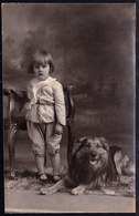 CARTE PHOTO MONTEE - FILLETTE AVEC CHIEN BERGER BELGE TERVUEREN - TERVURENSE HERDER - TERVUREN DOG - 1929 - Chiens