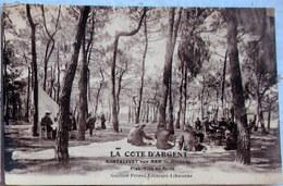 CPA  MONTALIVET Sur MER  33 GIRONDE - LA COTE D'ARGENT - PICK NICK En Forêt - Animée - - France