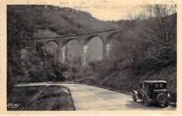 39 - REVIGNY : Le Viaduc ( Automibile En Bon 1er Plan ) CPSM Dentelée Format CPA - Jura - Autres Communes