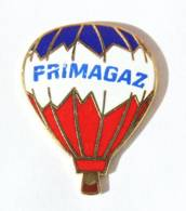 Pin's PRIMAGAZ - Montgolfière Bleu Blanc Rouge - I411 - Marcas Registradas