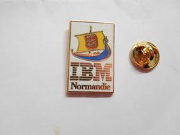 Beau Pin's En Zamac , Informatique IBM Normandie , Drakkar - Informatique