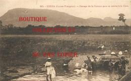 ☺♦♦ GUINEE - KINDIA - LAVOIR < LAVEUSE Au PASSAGE De OUAOUA Pour Se RENDRE à La GARE < N° 903 Edition A. James - French Guinea