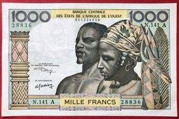 N°182 BILLET DE BANQUE 1000 FRANCS COTE D IVOIRE - Côte D'Ivoire