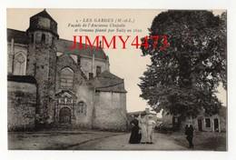 CPA - Façade De L' Ancienne Chapelle, Rue Bien Animée - LES GARDES ( Canton De Chemillé ) 49 Maine Et Loire - N° 4 - Chemille
