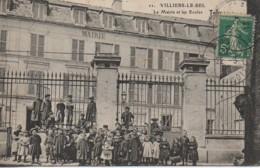 95 VILLIERS-le-BEL La Mairie Et Les Ecoles (très Animée) - Villiers Le Bel