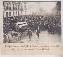 PARIS MANIFESTATION DE LA CGB A ENTERREMENT AERNOULT CORBILLARD 18*13CM Maurice-Louis BRANGER PARÍS (1874-1950) - Lugares