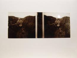Photo Plaque De Verre Stéréoscopique Guerre 14-18 Poilus Tranchée Aux Eparges - Diapositiva Su Vetro
