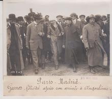 PARIS MADRID GARROS FELICITE APRES SON ARRIVEE A ANGOULEME 18*13CM Maurice-Louis BRANGER PARÍS (1874-1950) - Aviation