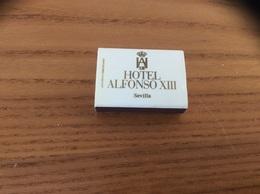 "Boîte D'allumettes Espagne ""CIGA HOTELS / HOTEL ALFONSO XIII Séville"" - Matchboxes"