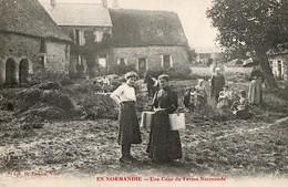 EN NORMANDIE - Une Cour De Ferme Normande - Frankrijk