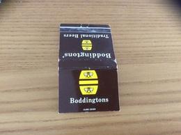 """Pochette D'allumettes ANGLETERRE """"Boddingtons' Traditionaliste Beers"""" (bière, Abeille) - Matchboxes"""