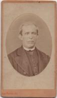 Fotografia Su Cartoncino Cm. 6,1 X 10,5 Con Busto D'uomo. Stabilimento Fotografico Antonio Perini Venezia - Persone Anonimi