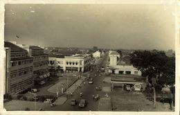 Indonesia, JAVA BANDUNG, Unknown Street, Shell Gas Station (1930s) RPPC Postcard - Indonesië