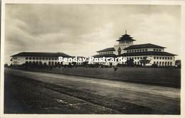 Indonesia, JAVA BANDUNG, Gedung Sate, Built 1920 Architect J. Gerber, RPPC (1) - Indonesië