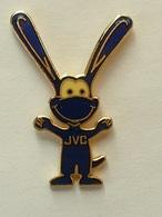 PIN'S JVC - MASQUOTTE - EMAIL - Marcas Registradas