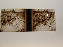 Photo Plaque De Verre Stéréoscopique Guerre 14-18 Poilus Thiaumont Poste De Secours - Diapositiva Su Vetro