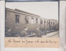 LE DEPART DES JOYEUX A LA GARE DE BERCY  18*13CM Maurice-Louis BRANGER PARÍS (1874-1950) - Trenes