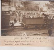 GREVE CHEMIN DE FER OUEST ETAT LES GRÉVISTES ARRÊTE UN TRAIN  18*13CM Maurice-Louis BRANGER PARÍS (1874-1950) - Trenes