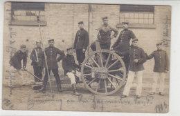 Aufnahme Einer Kanone Mit Soldaten Zum Feiern Des Abschluss Der Militärausbildung 1904-1906 - Ausrüstung