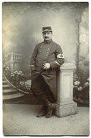 CPA - Carte Postale - Militaria - Portrait D'un Homme En Uniforme - Secouriste (B9472) - Personnages