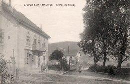 COUR SAINT MAURICE-25-ENTRÈE DU VILLAGE- - France
