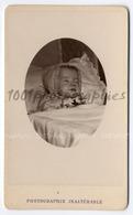 Portrait Post-mortem D'un Enfant.  CVD Géruzet Frères Photographie, Bruxelles. - Photos