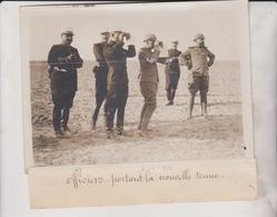 1911 OFFICIERS PORTANT LA NOUVELLE TENUE  18*13CM Maurice-Louis BRANGER PARÍS (1874-1950) - War, Military