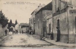 95 JOUY-le-MOUTIER Une Rue De Jouy  , La Fontaine - Jouy Le Moutier