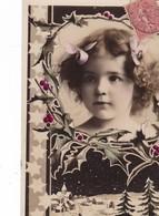 SUPERBE  CARTE  PHOTO  ,,,,PETITE FILLE DANS MEDAILLON  AVEC  HOUX ,,,TBE ,,, Voy 1907 - Portraits