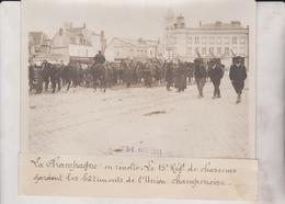 LE 15 REG CHASSEURS L'UNION CHAMPENOISE CHAMPAGNE EN RÉVOLTE VIGNERONS 18*13CM Maurice-Louis BRANGER PARÍS (1874-1950) - Lugares