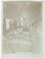 Foto/Photo. Travaux. Ouvriers Et Placement D'une Conduite. A Situer. 1930/31. - Photographs