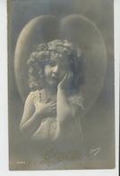 """ENFANTS - LITTLE GIRL - MAEDCHEN - Jolie Carte Fantaisie Portrait Fillette Et Coeur """"CHARITÉ """" - Portraits"""