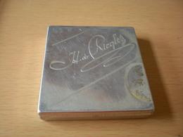 Old Tin Box  Pastilles De Menthe I L De Richles - Scatole