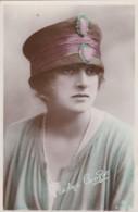 AO86 Actress - Gladys Cooper - 1918 RPPC - Teatro